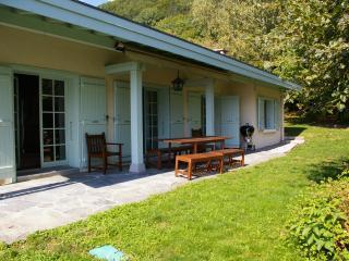 MENTHON-ST-BERNARD, Spacieuse villa, VUE LAC,