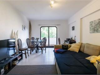 Great Flat in Cascais. Sleeps 4/5., Estoril