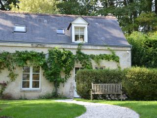 Charming Cottage near TOURS in the Loire valley