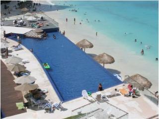 condo in Cancun