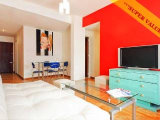 RECOLETA 2 BEDROOM, LARGE BALCONY, GREAT WIFI