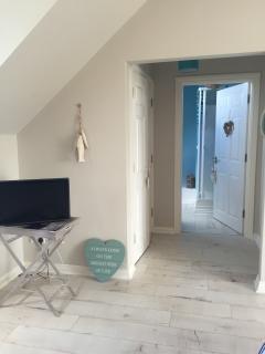 Door to en-suite
