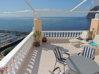 LUXURY APARTMENT WITH SPECTACULAR SUN TERRACE. 3, Acantilado de los Gigantes