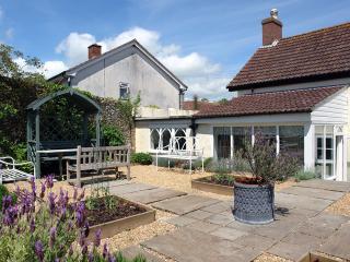 G52 - Willowhayne Cottage, Colyton