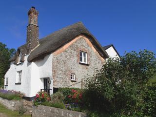 J27 - West Henstill House, Crediton