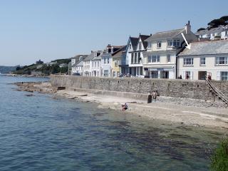 S213 - Pier Cottage, St Mawes