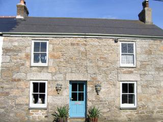 Z47 - Clovelly Cottage, Mousehole