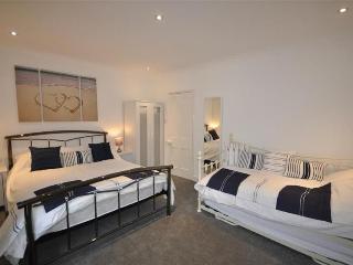 Weymouth house rental - Family room