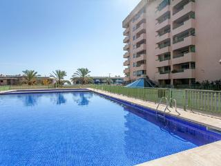 2 BEDROOMS, BEACH, TERRACE AND SWIMMING POOL!!, Valence