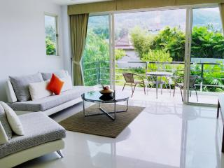 Spacious 1-Bed Apartment in Bangtao, Chalong