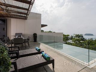 Sea View 2-Bed Apartment in Kata, Kata Beach