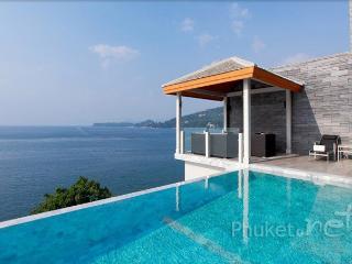 Superb 5-Bed Oceanfront Villa, Kamala
