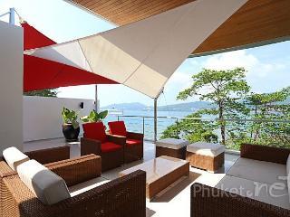 Modern 3-Bed Villa with Stunning Sea Views, Patong