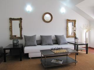 great duplex in the historical center  new, Lisboa