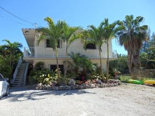 Quiet retreat adjacent to John Pennekamp Coral, Key Largo