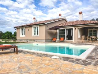Villa with private pool near Pula, Marcana