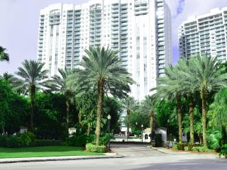 AVENTURA MIAMI  5 Star | Bay & Ocean View