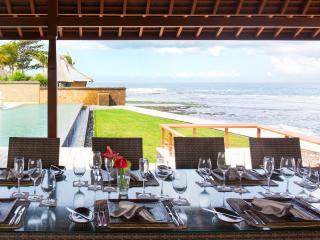 Bali Holiday Villa 27042