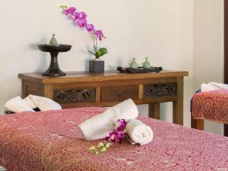 Bali Holiday Villa 27048