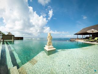 Bayu Gita Beach Front - an elite haven