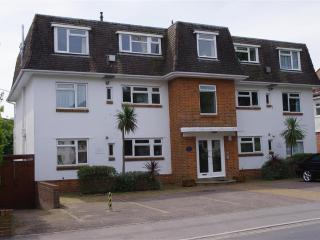 Flat 3 Mansard Court (B136), Bournemouth