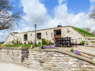 CAMBRIDGE LODGE unique and stunning conversion, breathtaking views, in Matlock R