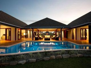 Luxury Waterfront Villa in Fiji