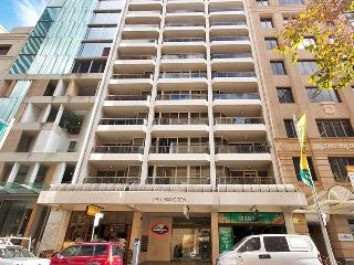 One Bedroom Apartment laneway view in city centre
