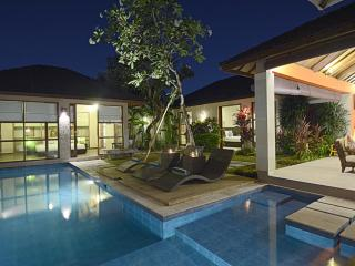 Villa Samana Sembilan - 3 Bedrooms - ON SALE!!, Legian