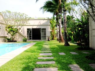 3 BDR LUXURY POOL VILLA - Bang Tao