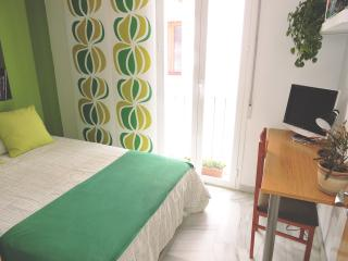 Our best double room, with balcony in Realejo, Granada