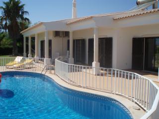 Beach and Golf Villa, Albufeira