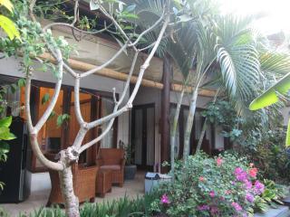 Villa Lush Garden 2 BR Kerobokan