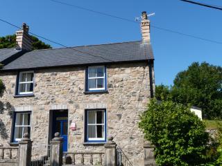 Ael y Bryn - Newport, Pembrokshire -  378642
