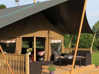 Seven Hills Hideaway; Luxury safari tents, Abergavenny