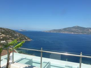 Stylish 5 bedroom villa overlooking Kalkan Bay