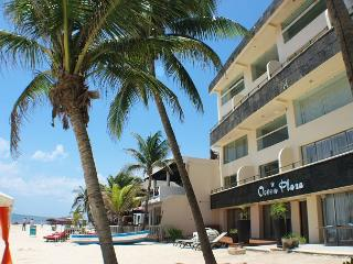 Loft style condo with pool, 2 bedroom in Ocean Plaza OP7, Playa del Carmen
