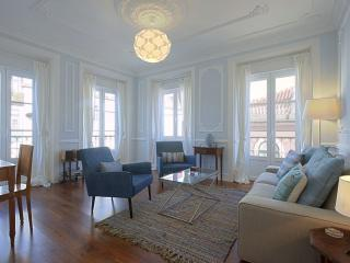 Botanical Garden apartment in Bairro Alto with WiFi & balkon., Lisboa