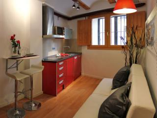 Lonja I apartment in Benimaclet with WiFi, airconditioning & lift., Valencia