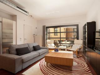 Trueta Loft II apartment in Poblenou with WiFi, airconditioning & privéterras., Barcelona