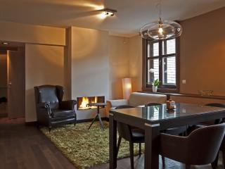Andrassy 2 apartment in VI Terezvaros with WiFi & lift.