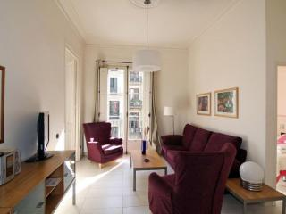 Gaudí 1 apartment in Eixample Dreta with WiFi, airconditioning, balkon & lift., Barcelona