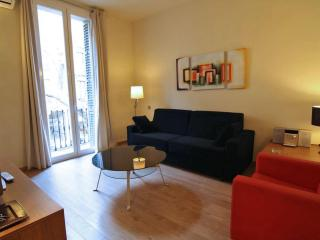 Miró C apartment in Eixample Esquerra with WiFi, airconditioning, balkon & lift.