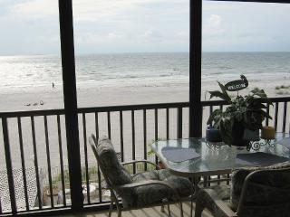 Beach front condo, Special last minute rates, Indian Shores