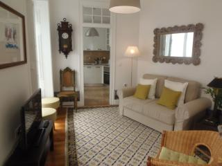 Casa do Carmo apartment in Baixa/Chiado with WiFi & balkon., Lisbon