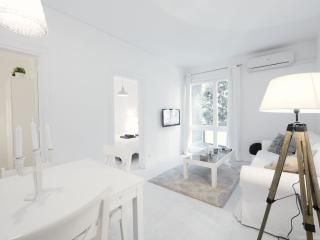 White Les Corts apartment in Les Corts with WiFi, airconditioning (warm / koud, Barcelona