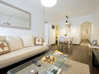 Galileu Stars apartment in Les Corts with WiFi, airconditioning, balkon & lift., Barcelona