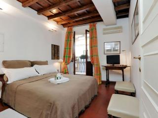 Trevi Fountain VI apartment in Centro Storico with WiFi, airconditioning, balkon & lift., Rome