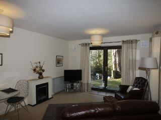 One Bed Apartment In Secluded Woodland Set by Smal, Ambleside