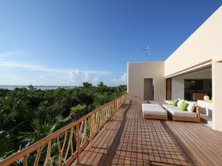 Casa Ikal - modern private luxury beach Villa